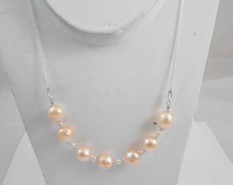 Necklace genuine cultured pearls and 925 sterling silver chain