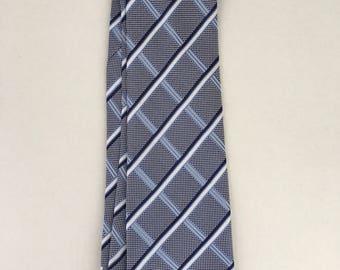Ermenegildo Zegna pattened tie. Silk. Made it italy.