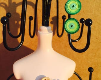Quilling rounded earrings