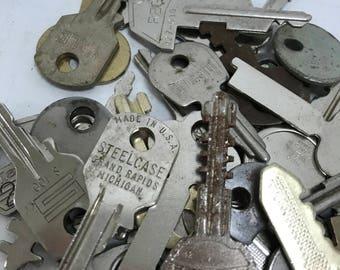 Vintage Flat Keys- Set of 50 #8