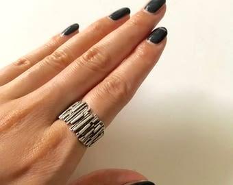 Vintage brutalist sterling silver ring