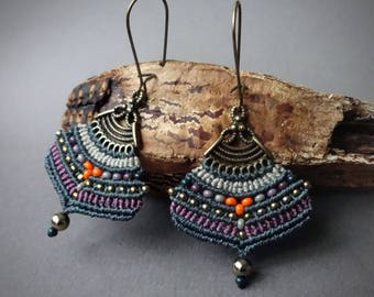macrame earrings, gipsy boho style, hematite beads, glass seed beads, handcrafted earrings