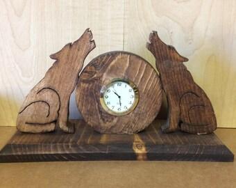Wooden wildlife wolf clock