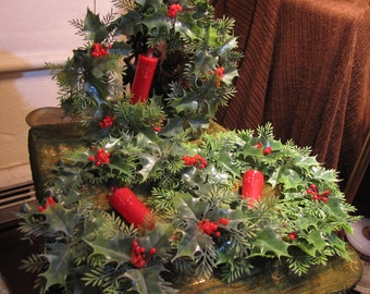 Vintage Set of 3 Plastic Christmas Wreaths w Battery Operated (Two Size C per) Candles & 2 Original Bulbs All May Need Work