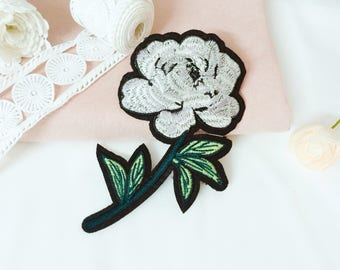large white rose patch/flowerpatch /iron on patch/embroidered patch /patch for jacket /DIY/applique