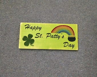 Engraved Wood Holiday Sign