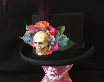 Doug Francisco - Ornate Skull Piece Assembled on Top Hat.