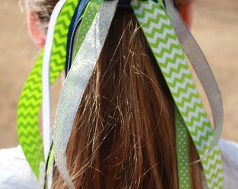 Laurel Lane Spirit Ponytail Streamers