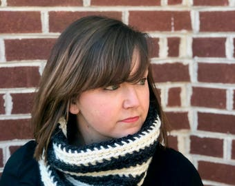 Striped Crochet Cowl x Chunky Crochet x Charcoal/Cream