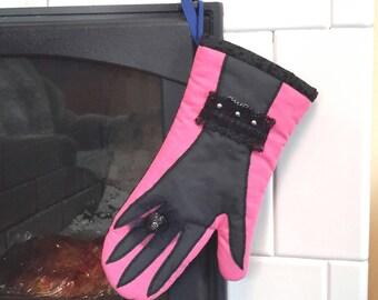 Designer oven mitt, kitchen glove, elegant