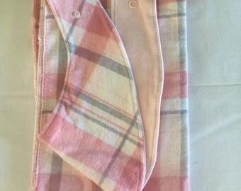 Theething ring dribble bandana bib. Comes with receiving blanket