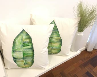 Cushion cover with watercolor foliage motif