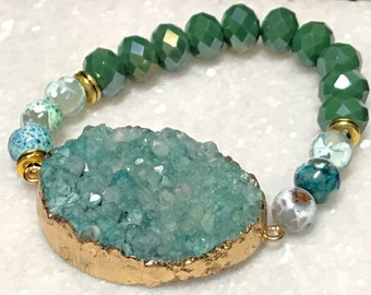 Druzy Bracelet,  Green Bracelet, Beaded Bracelet, Stretch Bracelet, Druzy Jewelry, Boho Bracelet, Stackable Bracelet, Gifts for Women