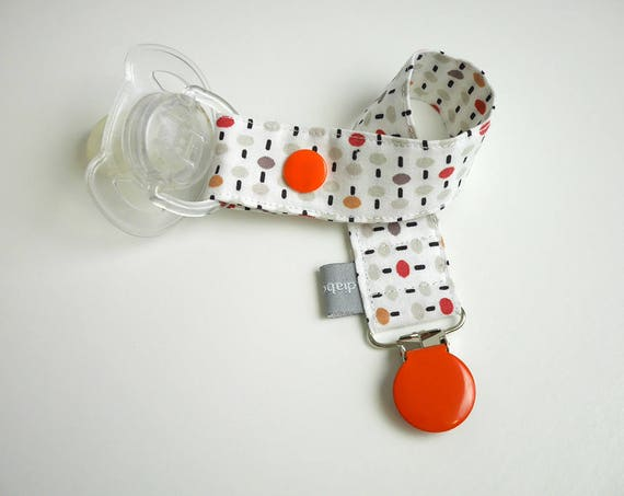 Pacifier clip - snap - clip - dots and dashes - orange - beige - white - cotton fabric - baby - boy - girl - baby gift - baby shower - dummy