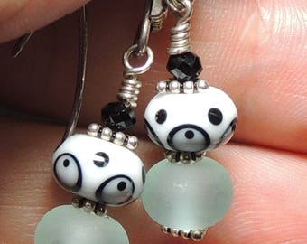 DOO-DADS Handmade Lampwork Bead Dangle Earrings