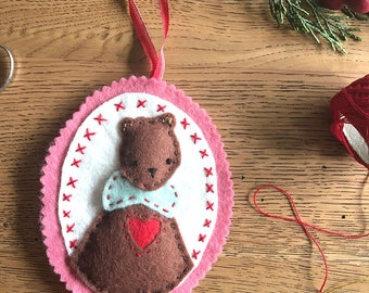 Love You Beary Much - Felt Christmas Ornament Decoration Pattern - Bear Ornament Pattern - PDF Instant Download