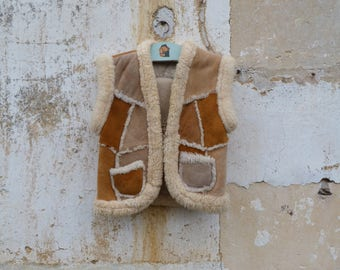 Vintage 1970s  lamb  fur vest Patchwork Hippie folk  Shearling vest  for child size 4/5 years