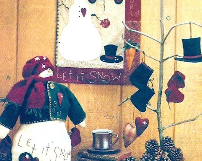 Christmas quilt ornaments home holiday decor Snowman design McCalls 8442 Xmas Sewing Pattern Craft Decorating UNCUT