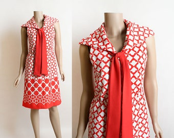 Vintage 1970s Dress - Puzzle Piece Arrow Print Red and White Mind Eye Trick Sailor Style Dolly Dress - Medium Small