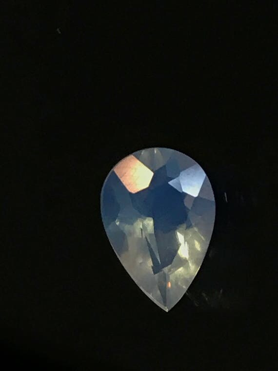 0.95 Ct Loose Pear Cut Opal