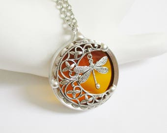 Outlander Jewelry Dragonfly In Amber Necklace Outlander Gifts Stained Glass Necklace Pendant Dragonfly Necklace Women's Necklace Gift Boxed