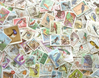 20 x bird theme world postage stamps (loose in packet)