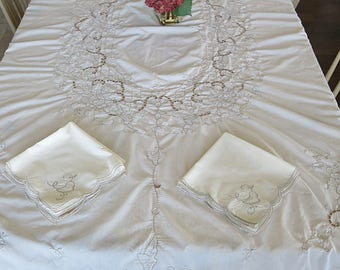 Oval Tablecloth Cream with Ecru Stitching Machined Embroidery Open Work 8 Matching Napkins Vintage 1970s 80s