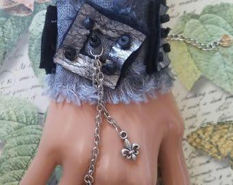 """Bracelet 2"""" Unique Super Soft Gray Black Art Textile Leather Cuff with Keys Chains Steampunk"""