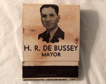 Parkersburg West Virginia - Mayor 1930s                        DeBussey - Matchbook - Unstruck - Vintage