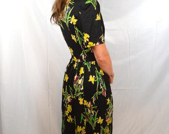 Amazing Floral Vintage 30s 1940s 40s Distressed Rayon Day Dress - By Jane Joyce
