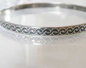 """Vintage Tribal Southwestern Sterling Silver 925 Unique Bangle Slip on Bracelet 8"""""""