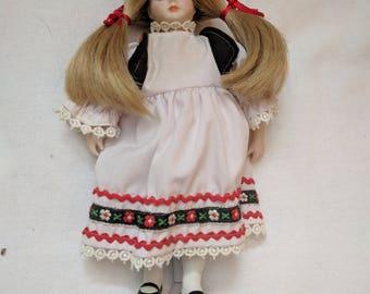 "Porcelain Doll - Italy National Dress - 10"""