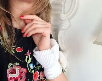 NEW White Detachable Pleated Cuffs/White cuffs/Detachable cuffs/Cuffs Sleeve/Fashion sleeve/Jacket sleeve/Pleats