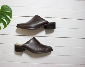 Vintage Leather Mules 6.5 / Brown Leather Mules / Slip On Mules / Brown Leather Slip Ons