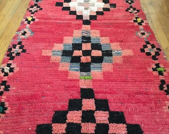 FREE SHIPPING!!! BOHO Chic Rug Vintage Moroccan Boujad in Multi Colors (Los Angeles)