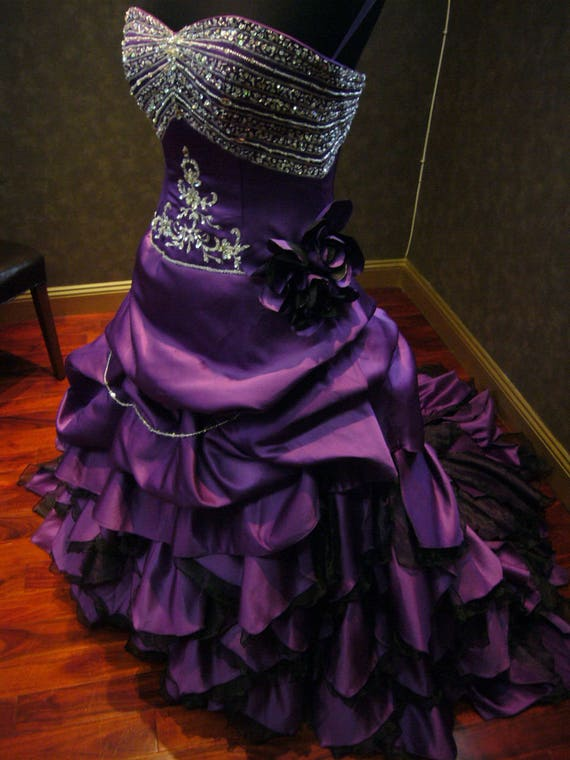 royal purple and gold wedding cake royal purple wedding dress alternative offbeat custom made to 19409