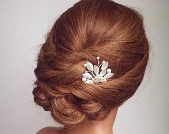 Silver Beaded Hair Comb, Bridal Hair Piece, Silver Leaf Hair Pin, Wedding Headpiece, Leaf Hair Vine, Silver Hair comb, Pearl Hair Piece