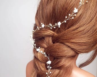 Flower Hair Vine, Beaded Hairpiece, Floral Vine, Pearl Tiara, Pearl Halo, Bridal Headpiece, Wedding Hair Piece, Flower Vine