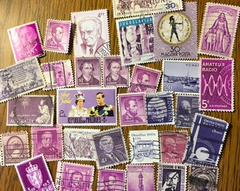 30 PURPLE Used World Postage Stamps for crafting, collage, cards, altered art, scrapbooks, decoupage, history, collecting, philately 20b
