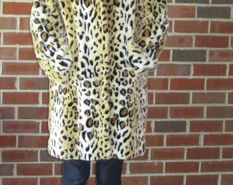 Leopard print coat, animal print winter coat, like new vintage coat, fuzzy leopard faux fur coat faux leopard skin winter coat size M medium