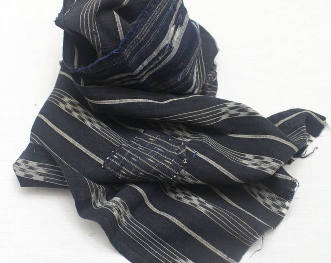 Japanese Vintage Kasuri Ikat. Woven Indigo Cotton Scrap. Traditional Folk Fabric. (Ref: 1773)