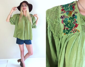 vtg 70s Grass Green OAXACAN Embroidered MEXICAN TUNIC os shirt top crochet lace gauzy hippie boho folk ethnic