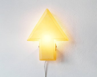 Mid Century Arrow Shaped Plastic Wall Lamp in Beige