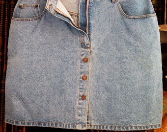 Stonewashed Buttoned Down Mini Jeans Skirt with Front Zipper Closure - XLarge