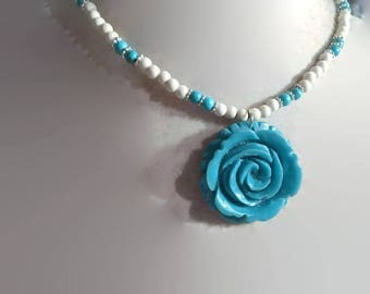 Turquoise Necklace - White Beaded Jewelry - Flower Pendant - Gemstone Jewellery - Trendy - Fashion