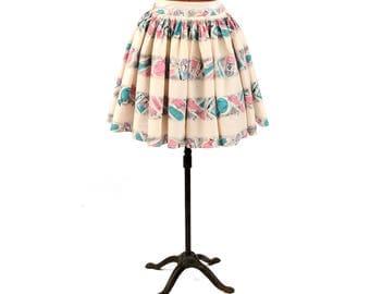 Vintage 1950's Crisp Cotton High Waist Short Game Show Novelty Print Skirt Apron S