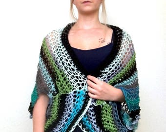 The Ugly Shrug: Blue and Green Shrugly