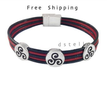 Celtic bracelet - Custom womens leather bracelet- Triskelion bracelet - Triskele symbol - Celtic Triple spiral - Gift for her