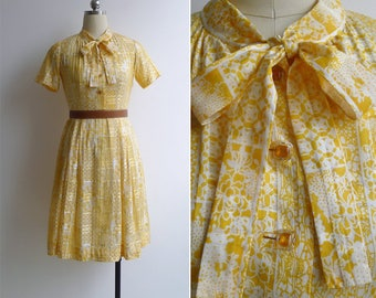 15% SALE (Code In Shop) - Vintage 80's Sunshine Yellow Floral Pussy Bow Shirt Dress XS or S