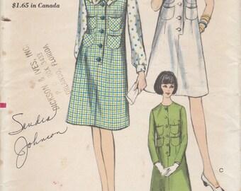 60s Dress or Jumper & Blouse Pattern Vogue 6462 Size 12 Uncut